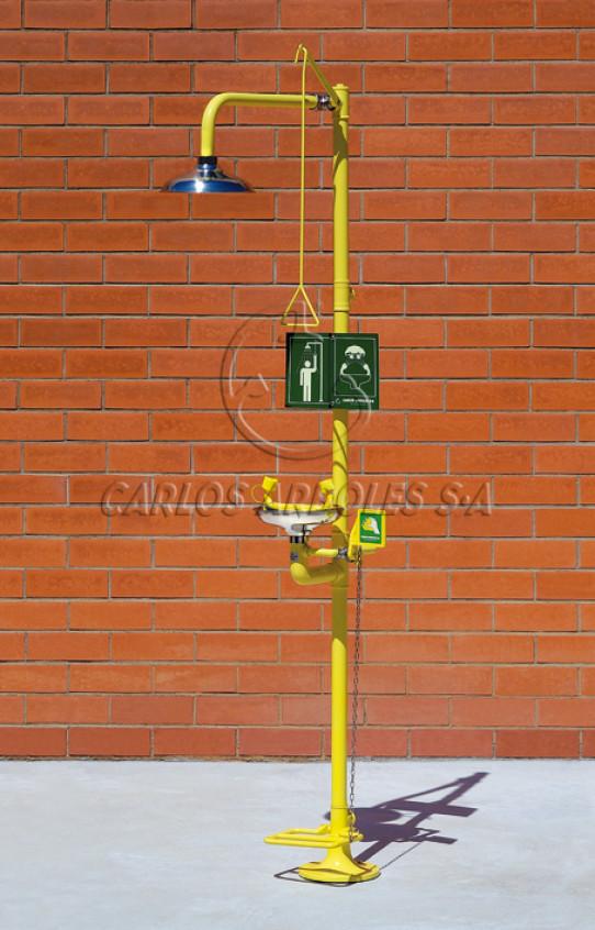Ducha y Lavaojos sobre pedestal con pedal, rociador / recogedor inox