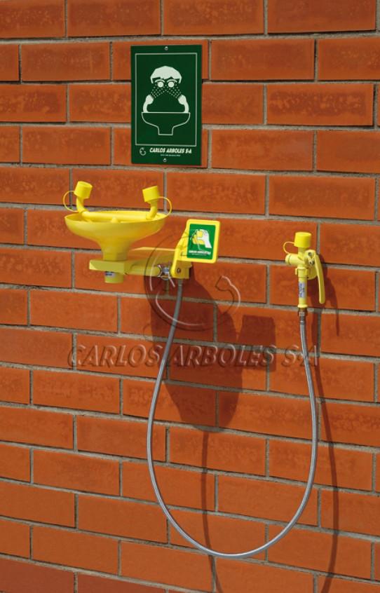 Lavaojos mural, recogedor ABS, incluye ducha manual