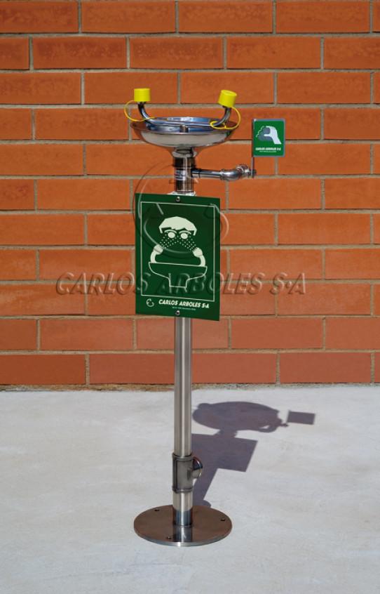 Pedestal Eyewash in stainless steel