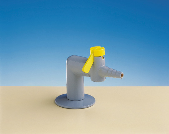 Single drop lever tap for burning gas, fitted with non-return valve and restrictor